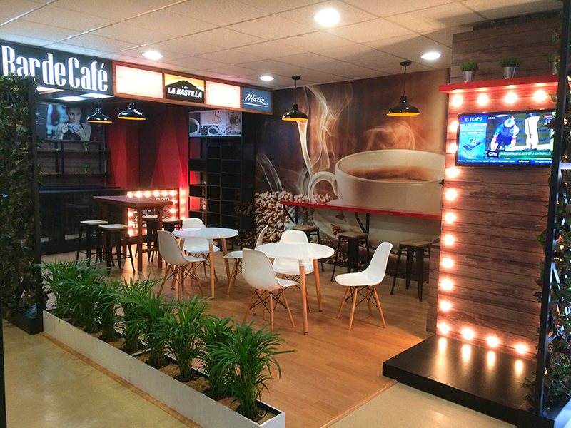Portafolio dise o interior y locales comerciales agazo for Diseno locales comerciales